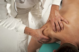 What Does a Chiropractor Treat